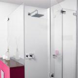 Dusche mit Glas-Türe